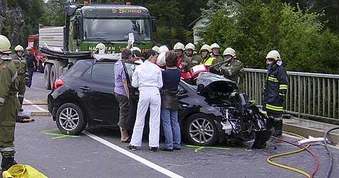 80-jähriger Pensionist stirbt bei Autounfall (Bild: Jack Haijes)