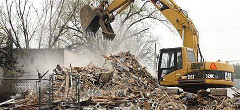 Wirbel um Asbest-Alarm bei Abriss von Krankenkasse