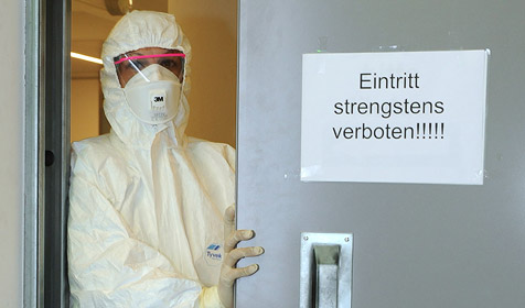 Derzeit 14 Patienten unter Quarantäne (Bild: APA/Hannes Markovsky)