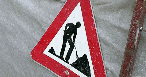 Straßenbau kostet Asfinag heuer rund 111 Millionen Euro (Bild: APA/BARBARA GINDL)