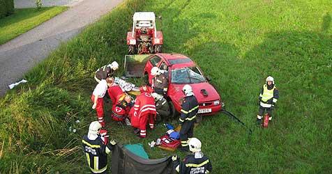 45-Jähriger bei Unfall schwer verletzt (Bild: Feuerwehr St. Valentin)