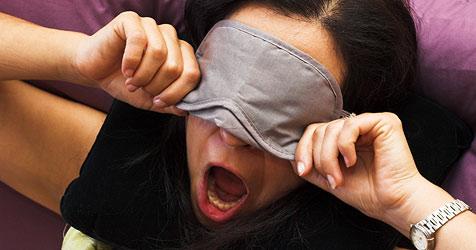 Schlafstörungen bei Umstellung auf Normalzeit möglich (Bild: © [2009] JupiterImages Corporation)