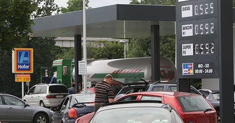 Spritpreiskampf in Salzburg nahezu vorbei (Bild: APA/FRANZ NEUMAYR)