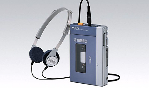 Brite tauscht für Experiment iPod gegen Walkman (Bild: Sony)