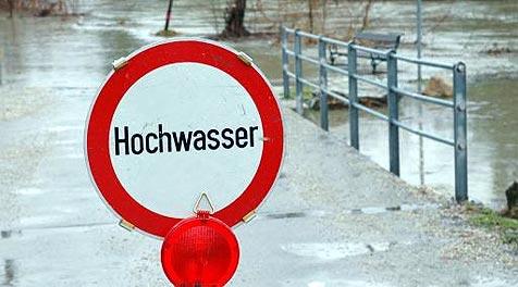 Haus am Föhrensee schon viermal überflutet (Bild: APA/ERNST WEISS)