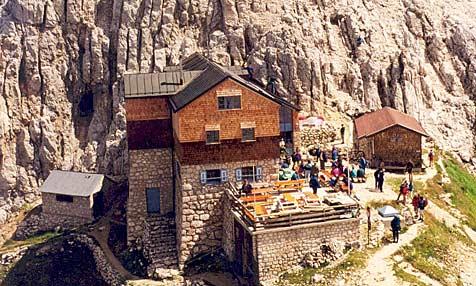 Diese Hütte wurde 117 Mal vom Blitz getroffen (Bild: Deutscher Alpenverein)