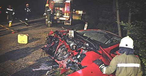 Drei junge Leute bei Unfall verletzt (Bild: Manfred Fesl)