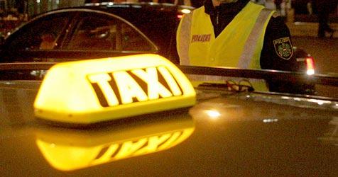 Diebesbande wollte nach Panne in Taxi Flucht fortsetzen (Bild: ANDI SCHIEL)