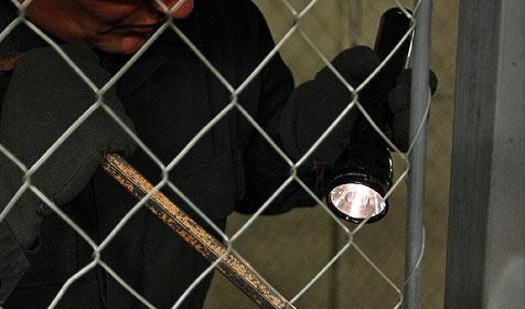 Einbrecher macht Nickerchen in Hütte - verhaftet (Bild: Klemens Groh)