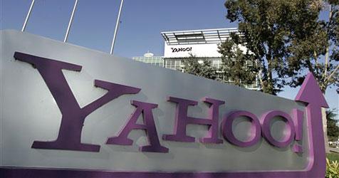 Weihnachtsschock: Yahoo streicht 600 Stellen, Nokia 800