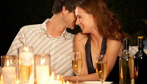 Tipps f�r das perfekte Candle-Light-Dinner (Bild: � [2009] JupiterImages Corporation)