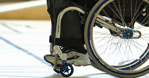 Einstellungsquote für Behinderte - Land NÖ säumig (Bild: dpa/dpaweb/KEYSTONE/Urs Flüeler)