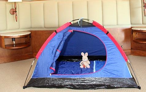 US-Luxushotel lockt mit Zelt statt weichem Bett (Bild: Hotel Rancho Bernardo Inn/A9999 DB Handout)