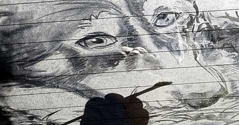 Texaner zaubert Kunst auf verstaubte Scheiben (Bild: ap)