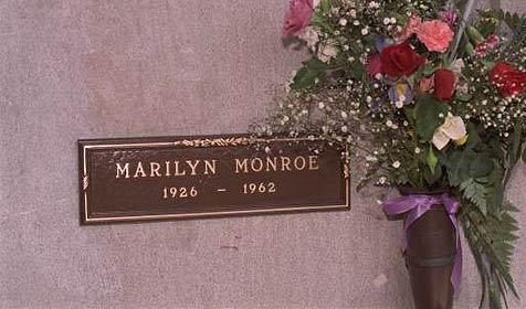 Grab neben dem Marilyn Monroes zu ersteigern (Bild: AP)