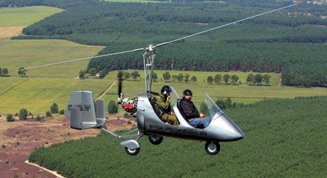 Gyrocopter kracht in Maisfeld im Mostviertel (Bild: EPA)