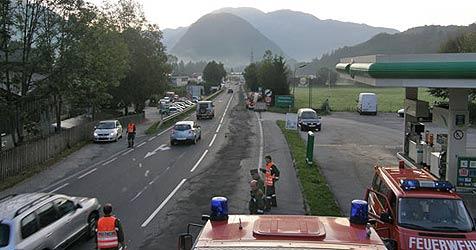 Acht Kilometer Ölspur nach Diebstahl (Bild: Feuerwehr Bad Ischl)