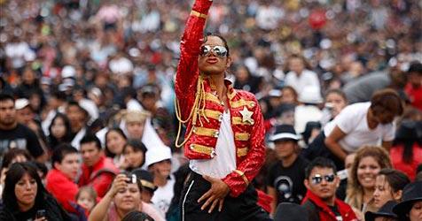 """Mexiko: 13.100 Jackson-Fans tanzen zu """"Thriller"""""""