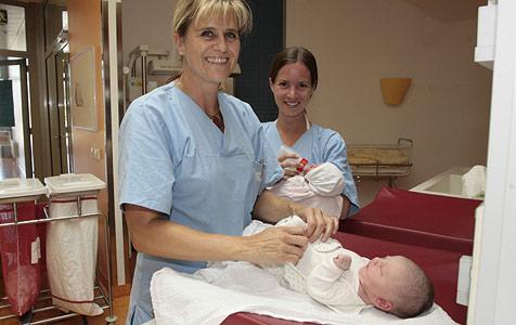 Statt Babystation nun Hebammen-Praxis für 9 Stunden (Bild: Klaus Kreuzer)