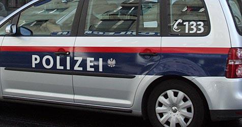 Mofa-Raser baut Unfall auf Flucht vor Polizei (Bild: Andi Schiel)