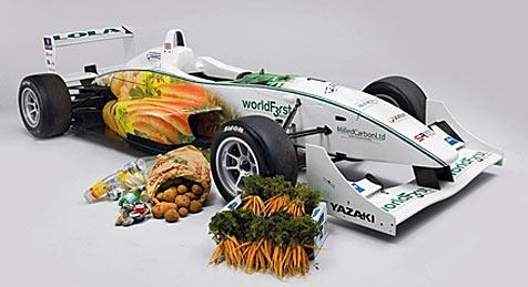 Dieser Rennwagen besteht aus Müll und Gemüse (Bild: Worldfirstracing)