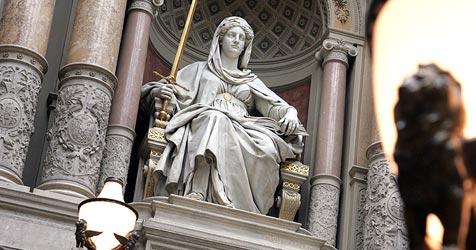Frau (55) wegen fahrlässiger Tötung verurteilt (Bild: APA/Herbert Pfarrhofer)