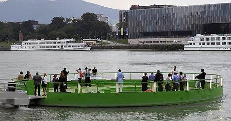 Donauplattform für Reparaturen abmontiert (Bild: Linz09/Kurt Groh)