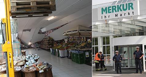 Zwischendecke von Supermarkt eingestürzt (Bild: Peter Tomschi)