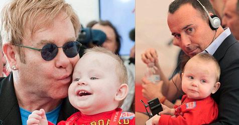 Ukrainische Mutter will Elton John ihren Buben nicht geben