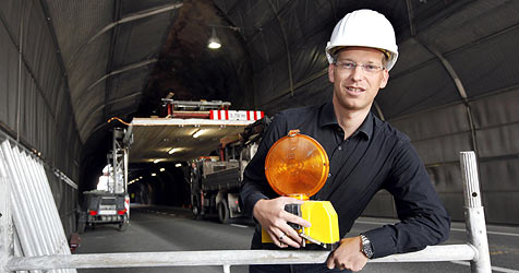 Schichtbetrieb für ein modernes Neutor (Bild: Markus Tschepp)