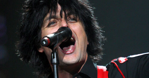 Punk-Rock-Heroen Green Day heizen beim Nova Rock ein