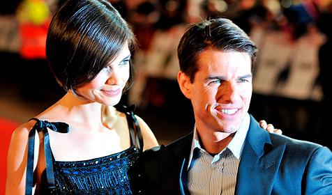Tom Cruise bewahrt Katie Holmes vor Fashion-Fehltritten
