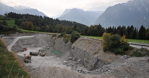 Steinbruch-Akt vom Land gekippt - zurück zum Start (Bild: Wolfgang Weber)