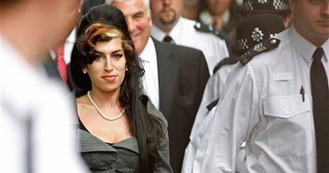 Winehouse wegen Körperverletzung festgenommen