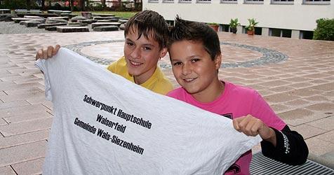 Obszöne T-Shirts an der Hauptschule Walserfeld tabu (Bild: Sabine Salzmann)