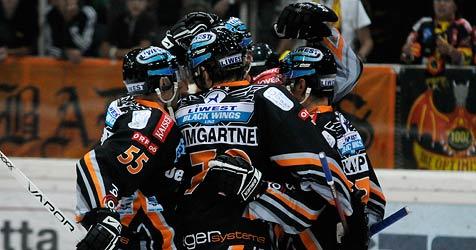 """Black Wings Linz verlieren Spiel und Platz drei an """"Bullen"""" (Bild: APA/ANDREAS PESSENLEHNER)"""