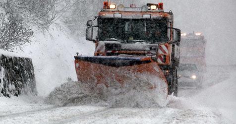 Schnee so früh wie seit 25 Jahren nicht ++ Verkehrschaos (Bild: APA/Mohr)