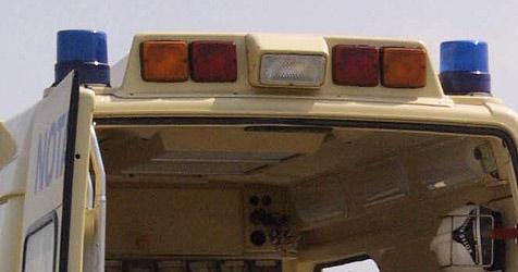 Mann  aus Pkw geschleudert - an Unfallort gestorben (Bild: Klemens Groh)