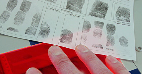Mord vor 18 Jahren: DNA-Test entlastet Verdächtigen (Bild: dpa/dpaweb/dpa/A3471 Boris Roessler)