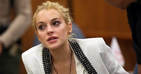 Richterin verlängert Bewährungsstrafe für Lindsay Lohan
