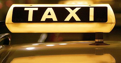 Freispruch für Taxler, der Fahrgast eingeschlossen hat (Bild: dpa/dpa-Zentralbild/Z6456 Arno Burgi)