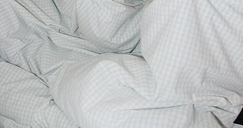 Betrüger verkaufte Bettwäsche zu Wucherpreisen (Bild: Peter Tomschi)