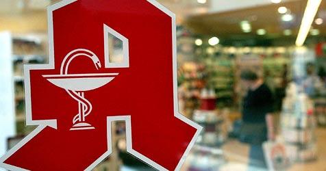 Räuber bedroht Apotheker mit Waffe - keine Beute (Bild: dpa/Jens Wolf)