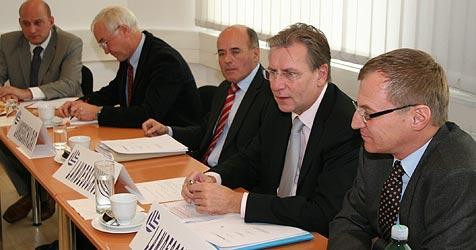 Appell an Ministerin Schmied gegen 10-Prozent-Klausel (Bild: LSR für OÖ)