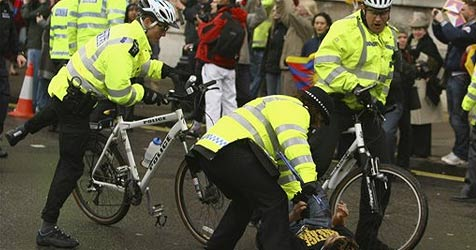 Wirbel um Radl-Anleitung bei der britischen Polizei