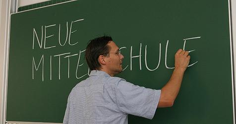 Riesenfreude über Kür zur neuen Mittelschule (Bild: Jürgen Radspieler)