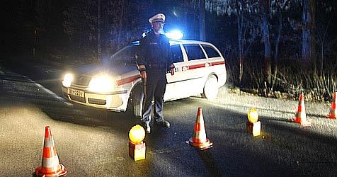 19-Jähriger baut Unfall und läuft Polizei davon (Bild: Klaus Kreuzer)