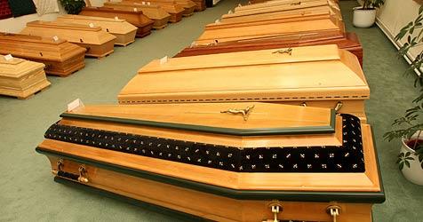 Wiener für mehr Individualität beim eigenen Begräbnis (Bild: Uta Rojsek-Wiedergut)