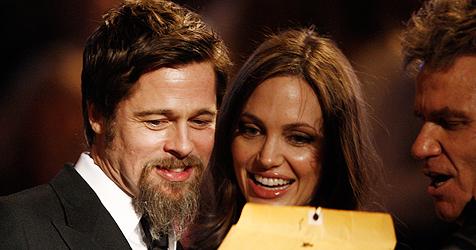 Jolie und Pitt turteln Trennungsgerüchte einfach weg