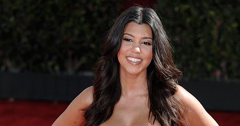 Kourt Kardashian ist Mama ++ Bub heißt wie ihr Modeladen
